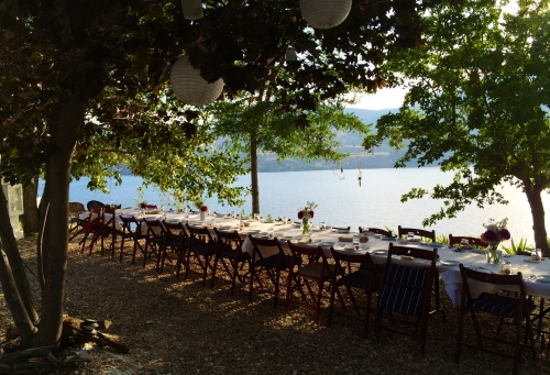"the setting for Joy Road Catering's al fresco ""cuisine de terroir"" Okanagan dinners  photo - Karen Anderson"