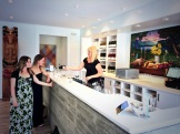 Liquidity tasting room - photo - Karen Anderson