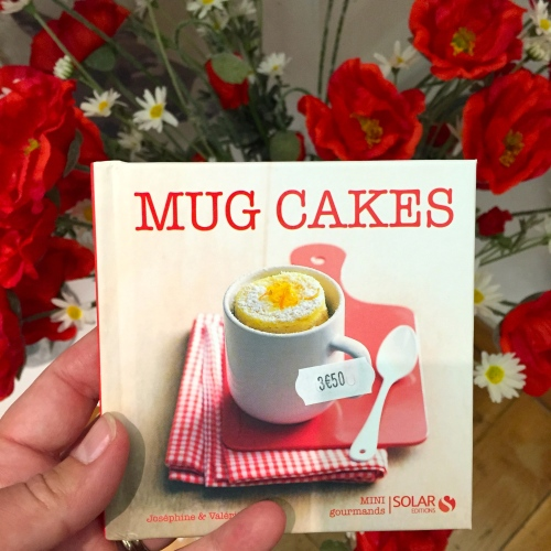 little mug cakes cookbooks were everywhere in Paris - photo - Karen Anderson