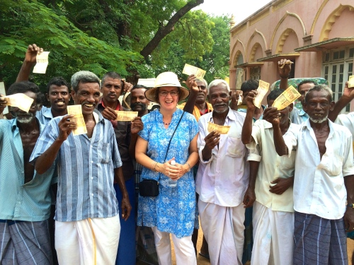 Karen Anderson with happy cycle rickshaws in Madurai, India - @savouritall blog