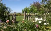 Coutts-Garden-Gate